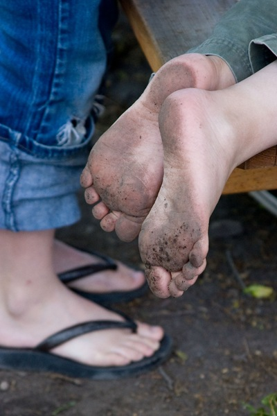 Filthy-feet