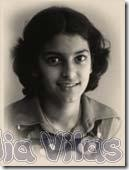 Juhi Chawla childhood pictures (4)