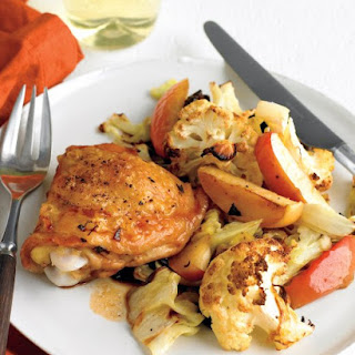 Chicken with Cauliflower and Apples