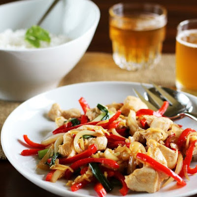 Thai Ginger Chicken Stir-Fry (Gai Pad Khing)