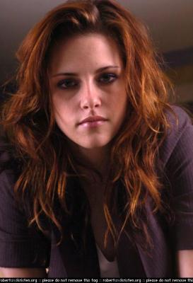 Bella (Kristen Stewart) Normal_009
