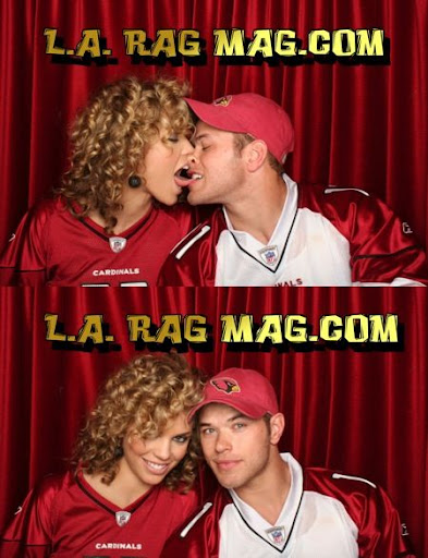KELLAN LUTZ Kissing-photo-booth1
