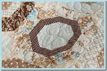 brownquilt4[1]