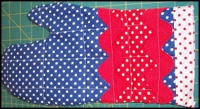 bday-runner-cake-hot-pads-064-188x300[1]