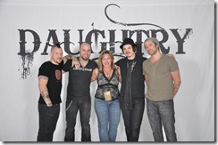 1DaughtryVIP_SAND_96