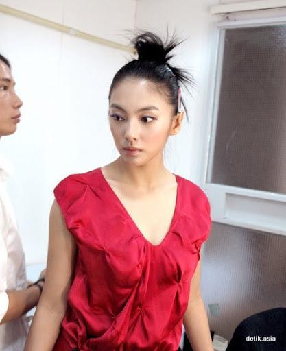 Kitty Zhang Yuqi - New Photos