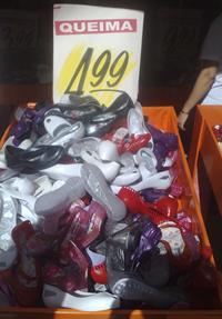 Liquidação de sapatilhas
