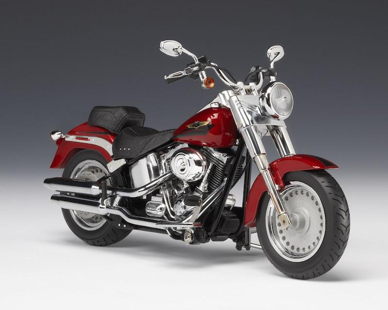 Harley Davidson Fat Boy Diecast Motorcycle 1 12 81053