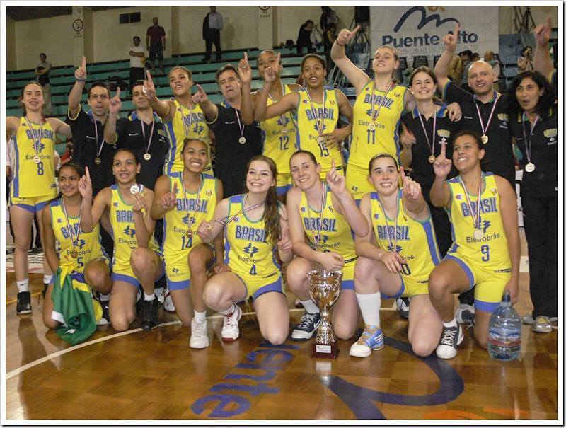 Brasil_Sub17_Fem_medalha