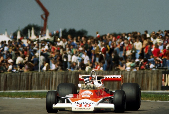 F1DataBase - Gilles Villeneuve - GB 1977 (2)