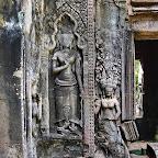 Thommanon - Three devata (sacred female image), Siem Reap, Cambodia http://www.Devata.org