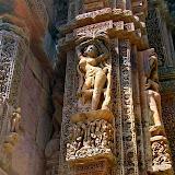 A-Rajarani-temple-08.jpg