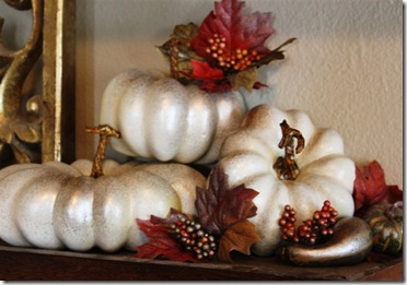 shimmery fall pumpkins