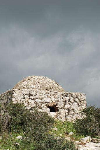 bedouin grave