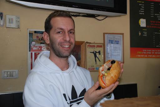 Tunisian sandwich, ramle shuk