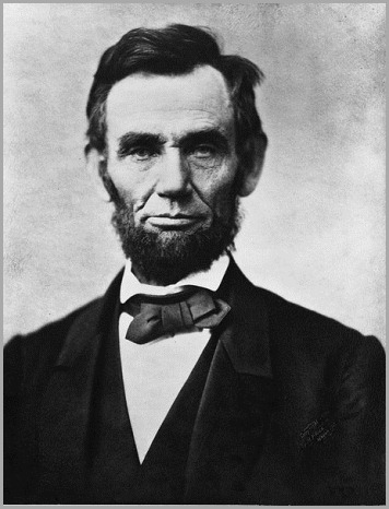 456px-Abraham_Lincoln_head_on_shoulders_photo_portrait.jpg 2