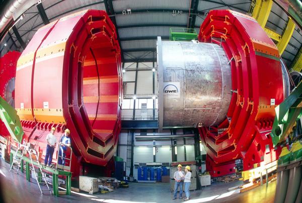 CMS_CERN.jpg