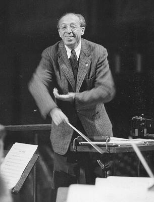 aaron-copland-conducting-2.jpg