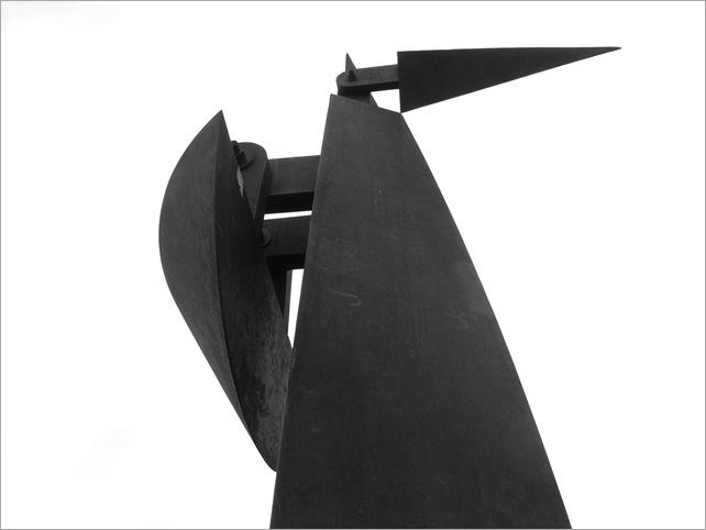 Bastón Díaz - Paseo de las esculturas - Plaza Rubén Darío (1)
