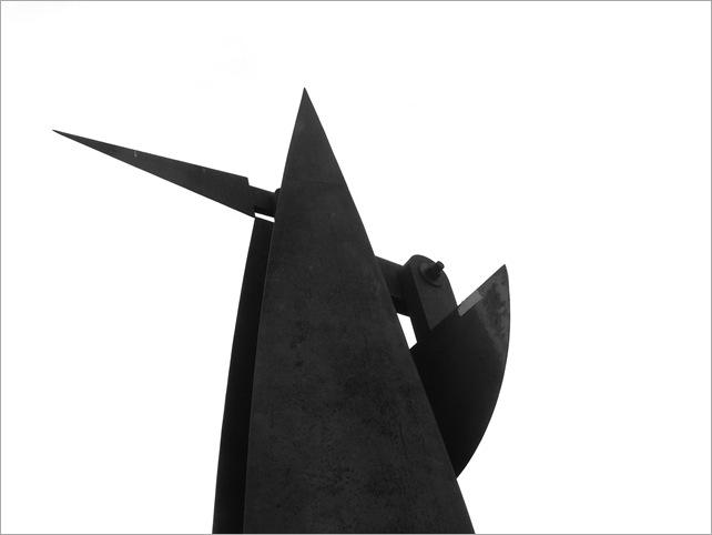 Bastón Díaz - Paseo de las esculturas - Plaza Rubén Darío (3)