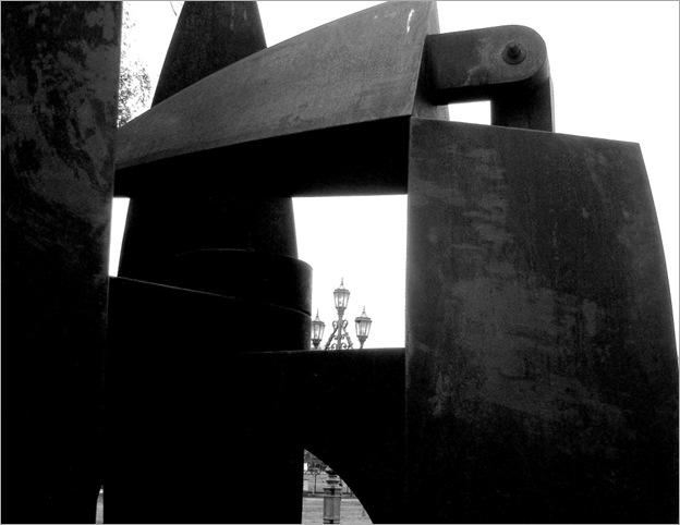 Bastón Díaz - Paseo de las esculturas - Plaza Rubén Darío (7)