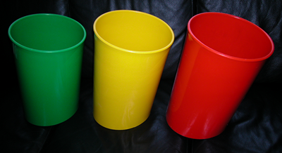 In Attesa wastebasket, green, yellow, and red