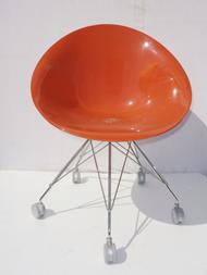 Ero|s| chair with castors