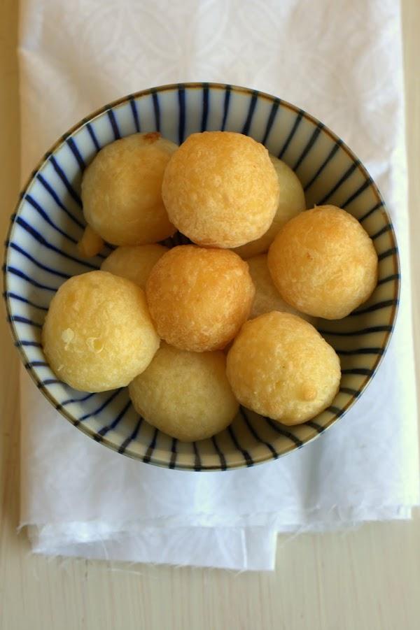 Dulcería criolla: Buñuelos de yuca