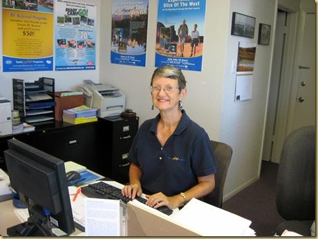2009-10-20 - AZ, Yuma - Desert Paradise - Anita Sherry at Work