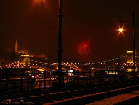 20110101_budapest_chainbridge