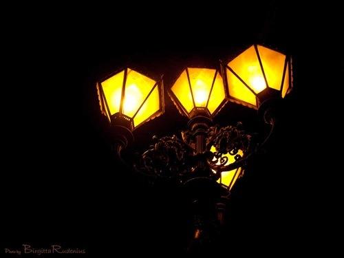diverse_20110224_lamps