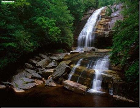 ELTALLERDELABRUJAMAR_Greenland Creek Falls,Carolina