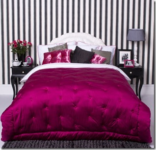 black-and-white-bedroom-accent-colors