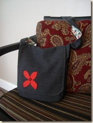 good red flower messenger bag close up