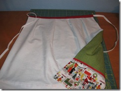 apron & curtain 07