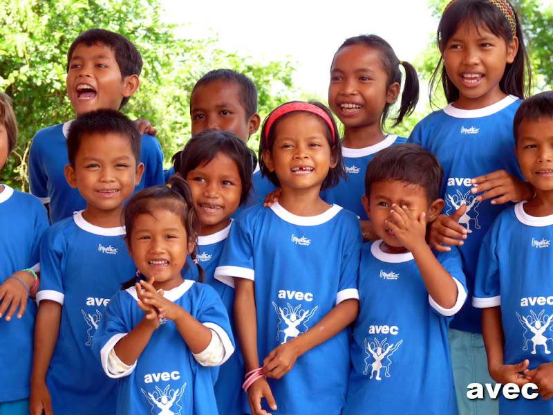 enfants-cambodge-ong-avec292.JPG