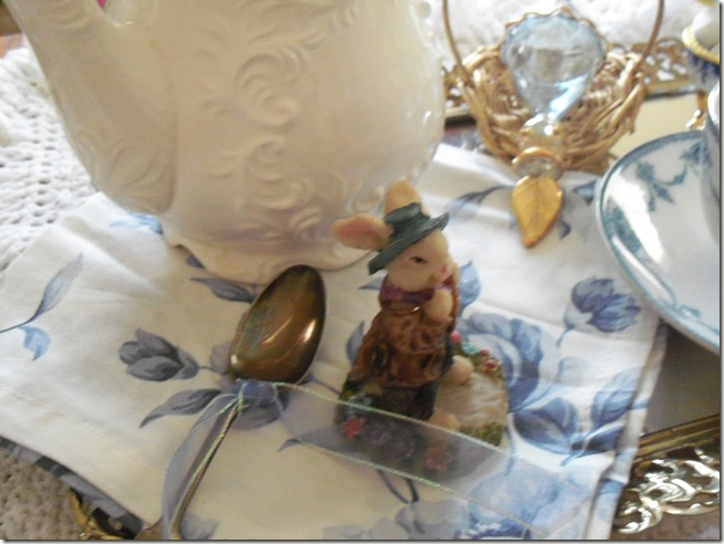 Antique blue teacup 005