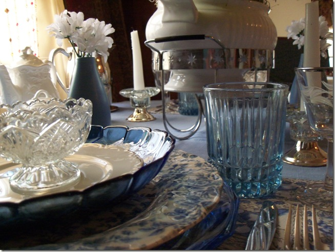 Blue chintz table with food 020