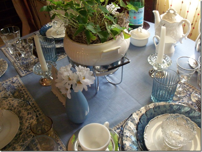 Blue chintz table with food 023