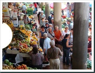 DSC03312-BIS-Funchal-marché aux fruits et légumes BW