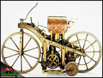 Motor pertama