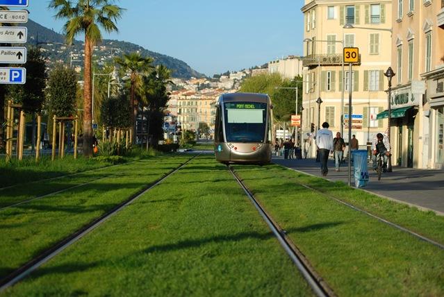 03_roheline_tramm