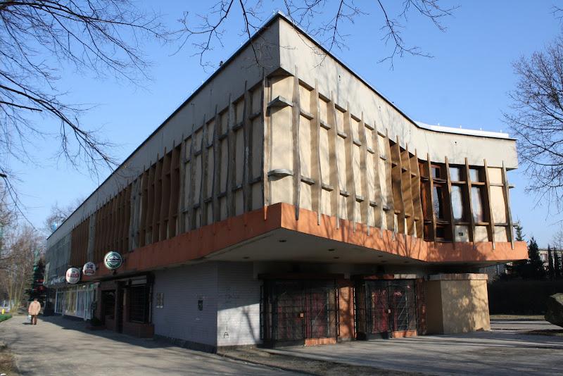 Budynek dawnego klubu NOT, proj. Marek Dziekoński. Fot. Maria Lipok-Bierwiaczonek