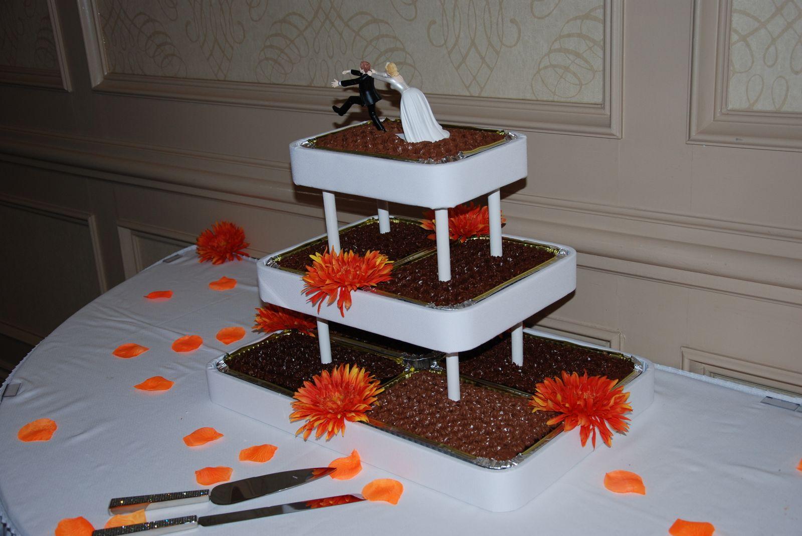 Squirrels Views Strange Wedding Cakes