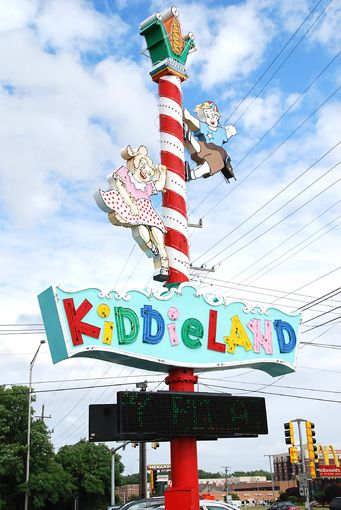 amusement park in illinois