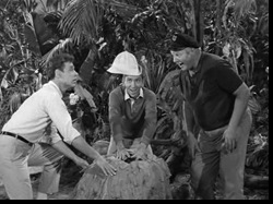 119-Gilligan-Meets-Jungle-Boy0047