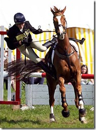 Zara Phillips falling off horse