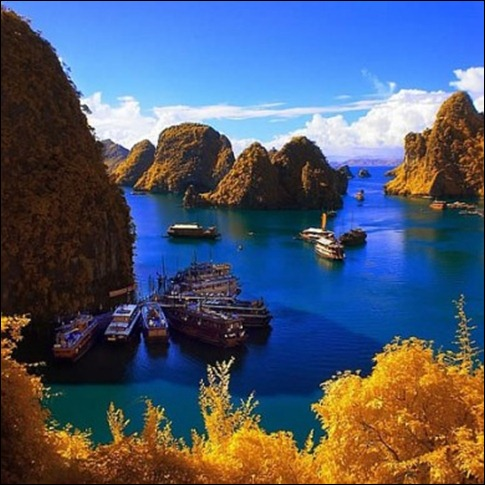 10431858-halong-bay-vietnam