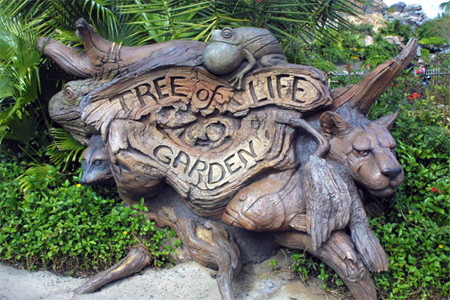 The Tree of Life at Disneys Animal Kingdom 4