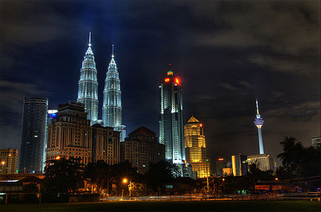 Kuala Lumpur Nightscape by Ariffin